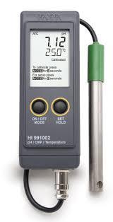 Máy đo pH/ORP/Nhiệt độ dạng cầm tay