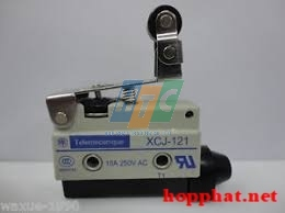LIMIT SWITCH WITH SHORT ROLLER LEVER - XCJ121